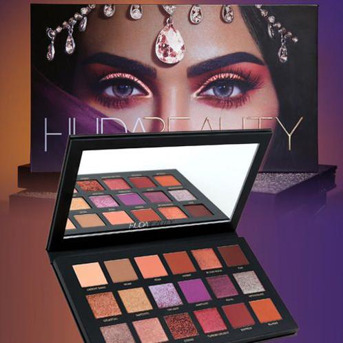 HUDA BEAUTY Desert Dusk Eyeshadow Palette | Simple.mu